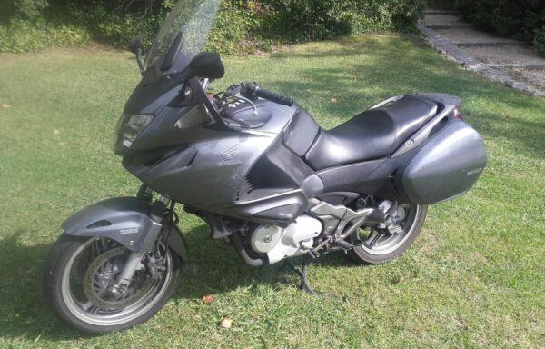 HONDA NT 700 V DEAUVILLE' 06 – 3.800€