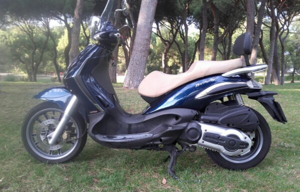 PIAGGIO BEVERLY TOURER 400 ie' 09 – 1900€