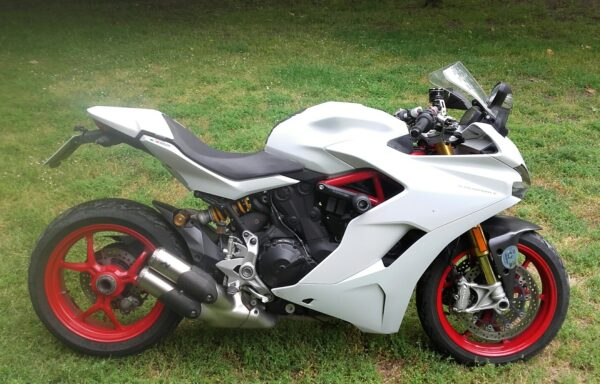 DUCATI SUPERSPORT S ´17–8700€