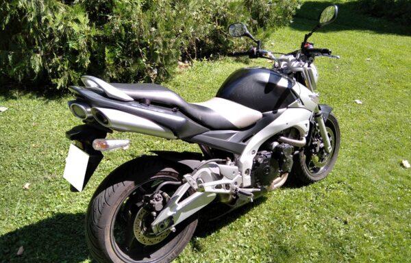 SUZUKI GSR 600 ´06,      2.200€