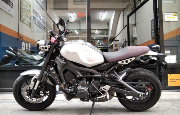 YAMAHA XSR 900 ´17,      6.500€